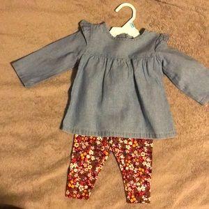 Never worn 6 month baby blouse & leggings
